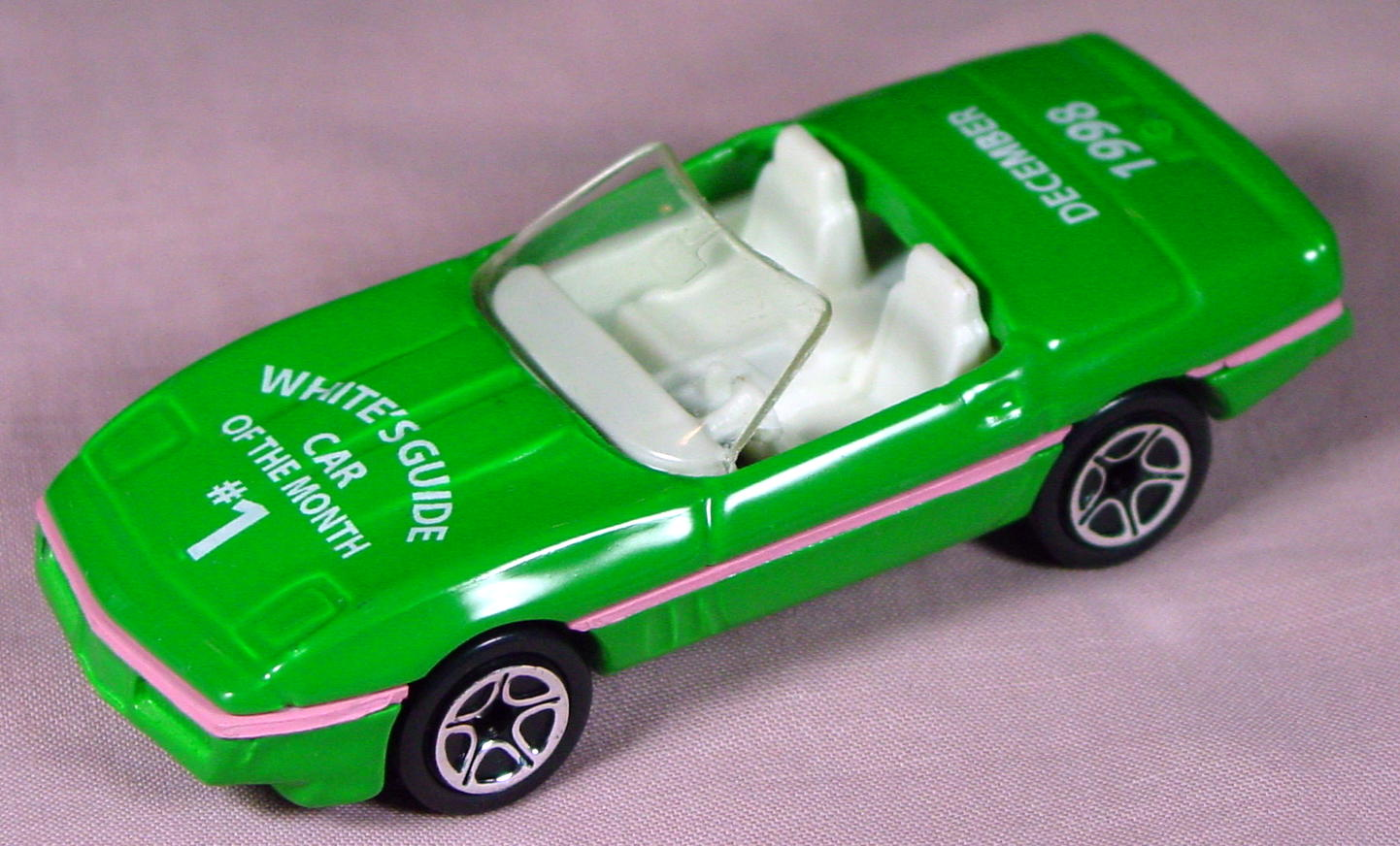 ASAP-CCI 14 G 48 - 87 Corvette Green Whites Guide Month Dec 98 made in China CCI
