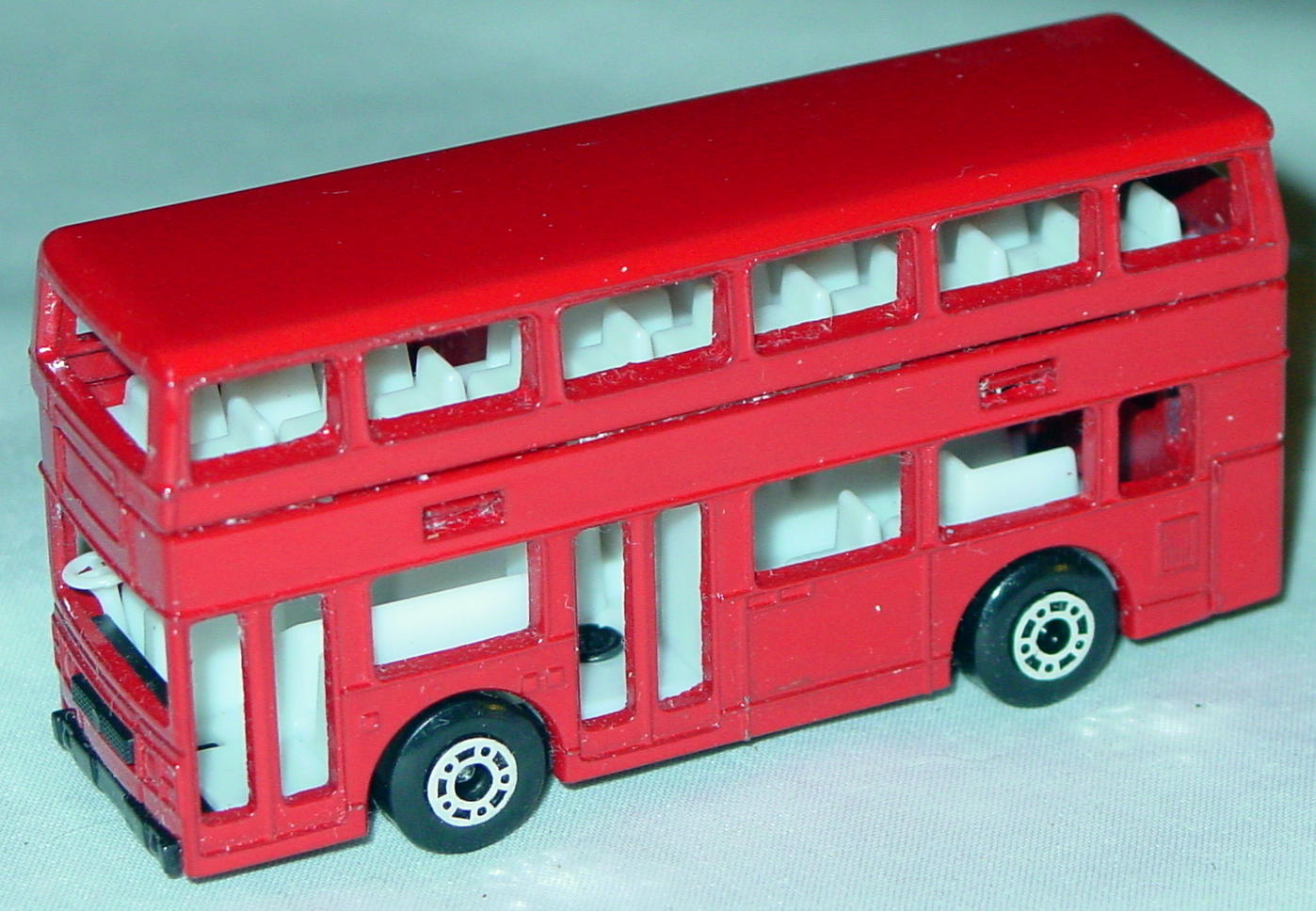 ASAP-CCI 17 C 69 - Titan Bus Red no tampo ASAP blank two slight chips
