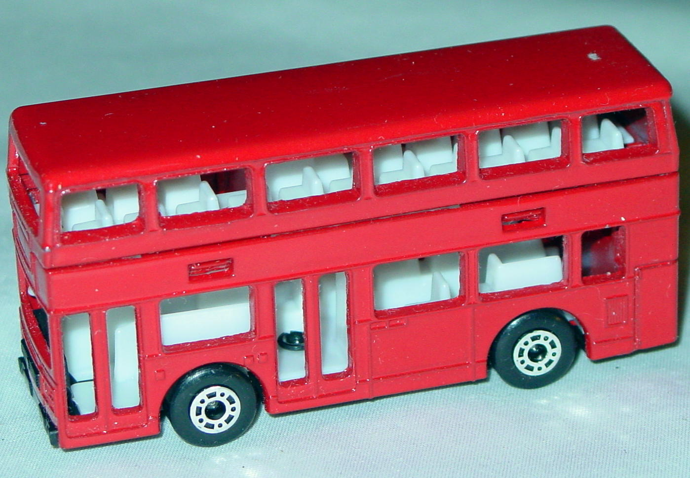 ASAP-CCI 17 C 69 - Titan Bus Red no tampo ASAP blank 1 chip