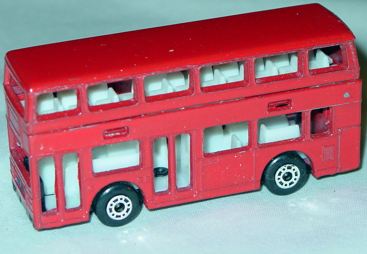 ASAP-CCI 17 C 69 - Titan Bus Red no tampo ASAP blank