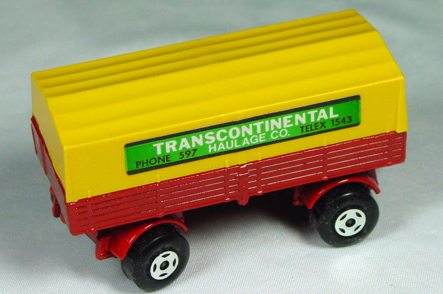 Lesney SuperFast 02 A 4 - Merc Trailer Red and Org-yellow Transcontinental