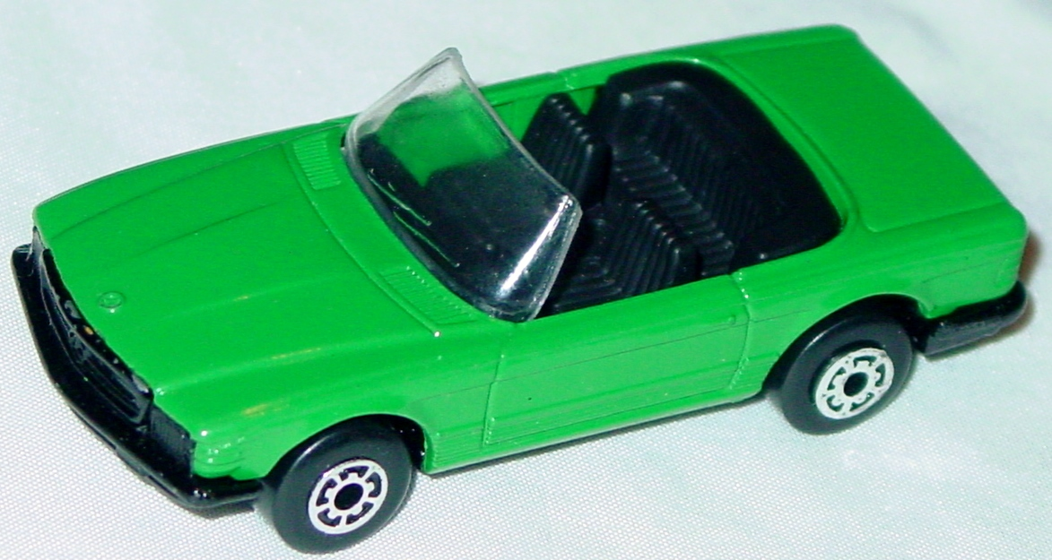 Bulgarian 06 B - Mercedes 350SL Green black loose Dinky base