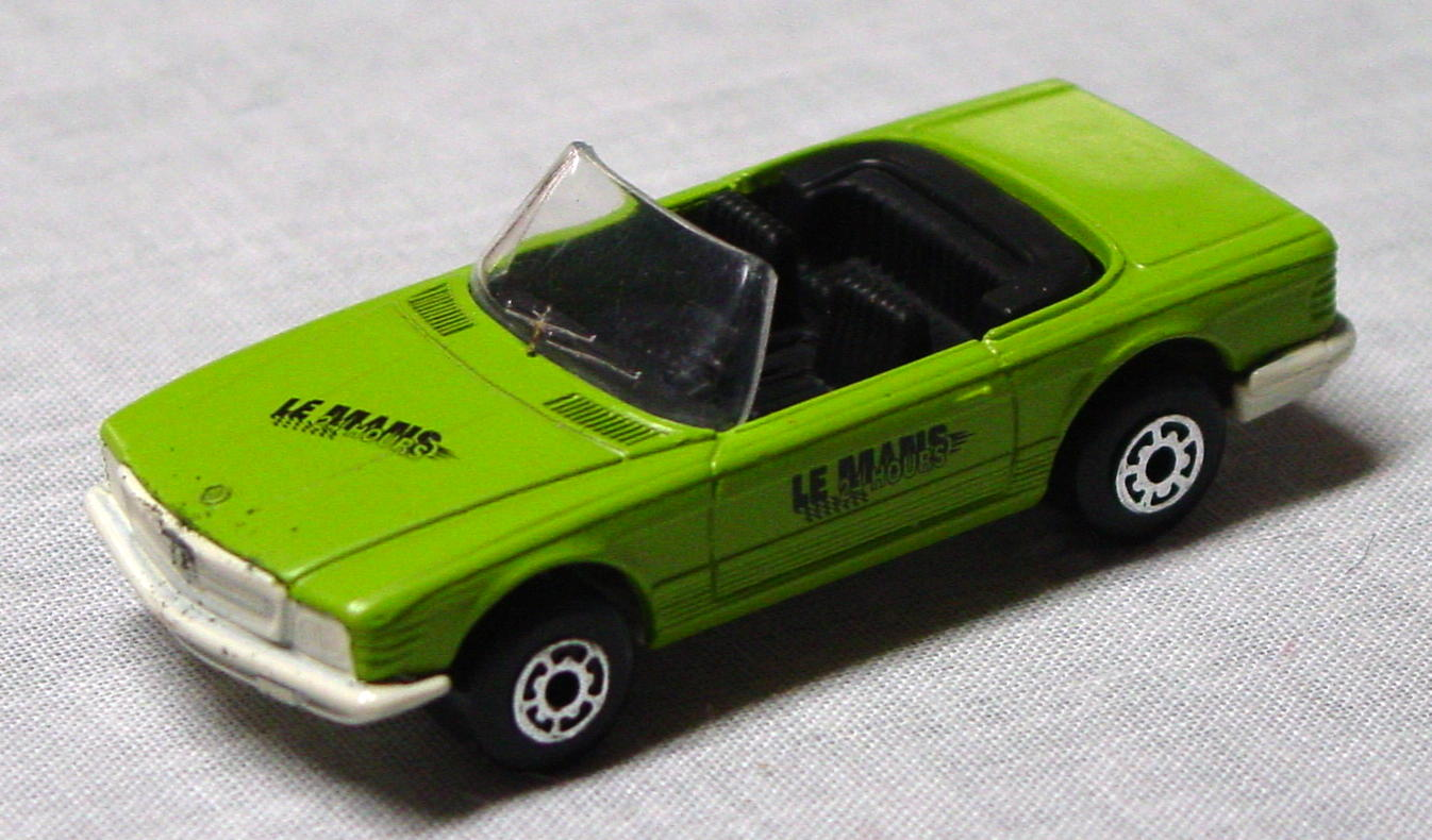 Bulgarian 06 B 2 - Mercedes 350SL Lime ivory base LeMans