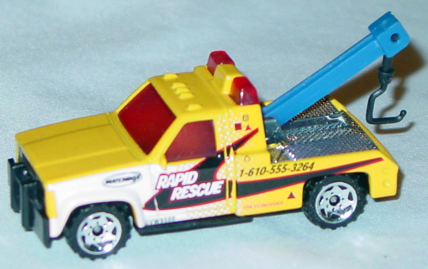 Offshore SuperFast 21 F 42 - PLAYSET GMC Wrecker Yellow Rapid Rescue made in China