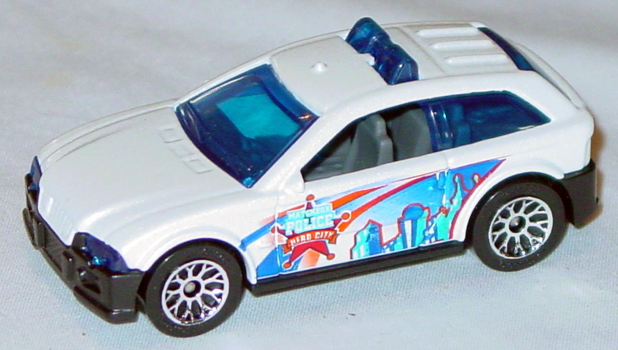 Offshore SuperFast 66 P 1 - 2004 66 City Police Car iridescent White MBX Police