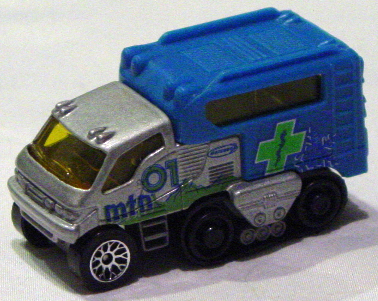 Offshore SuperFast 06 I 8 - Arctic Track Truck sil-Grey MTN 01 lace wheels made in China