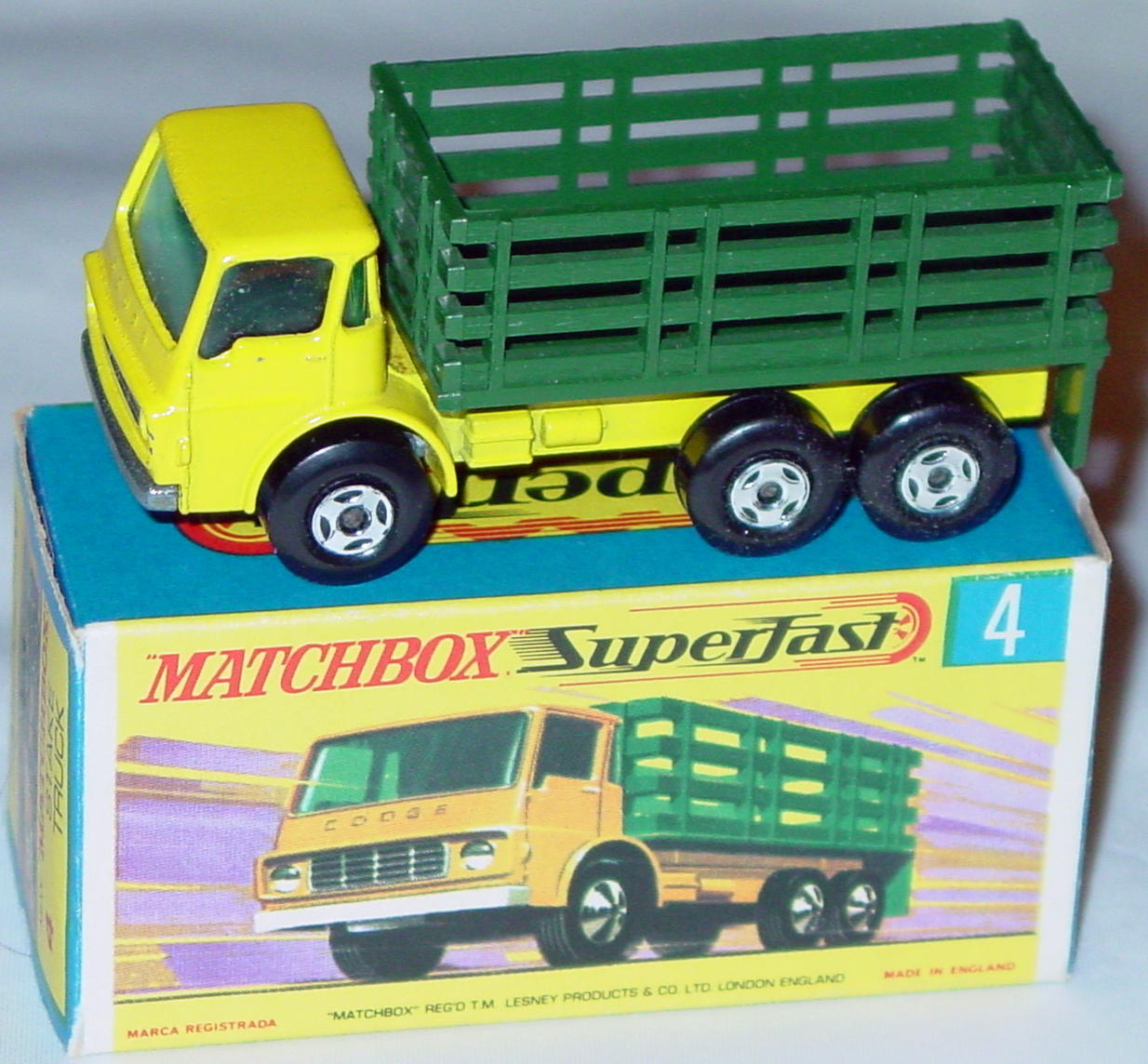 Lesney SuperFast 04 A 4 - Stake Truck YELLOW! 4-spk one slight chip C9.5+ G box