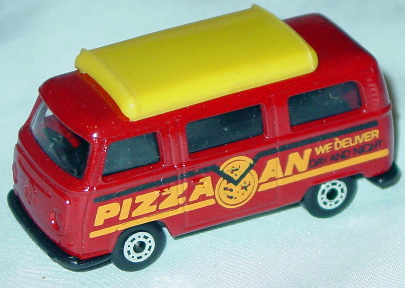 Hungarian 23 A 10 - Pizza Van Brick yellow top black org-yellow and black tampo