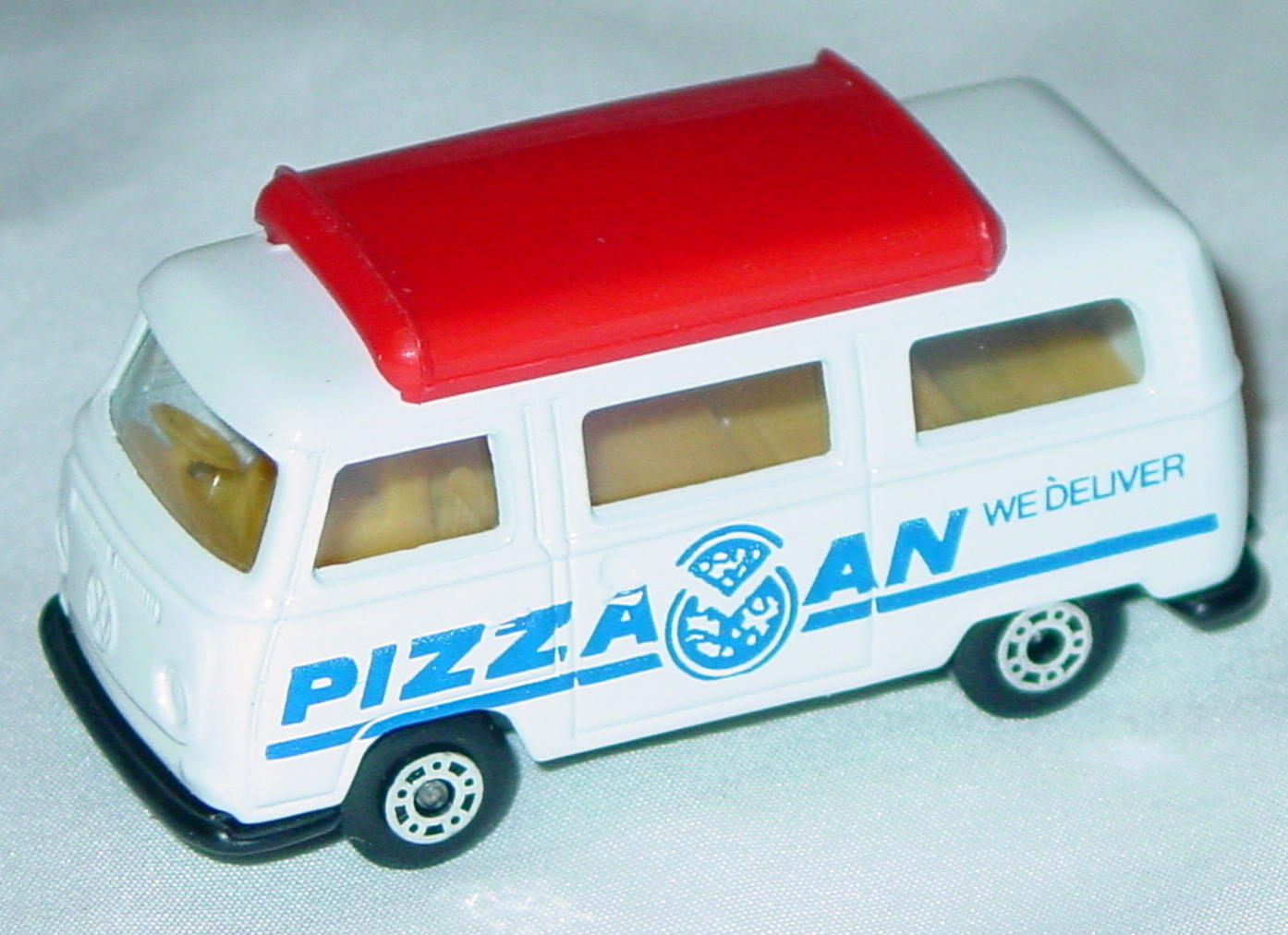 Hungarian 23 A 13 - Pizza Van White red top black base blue tampo