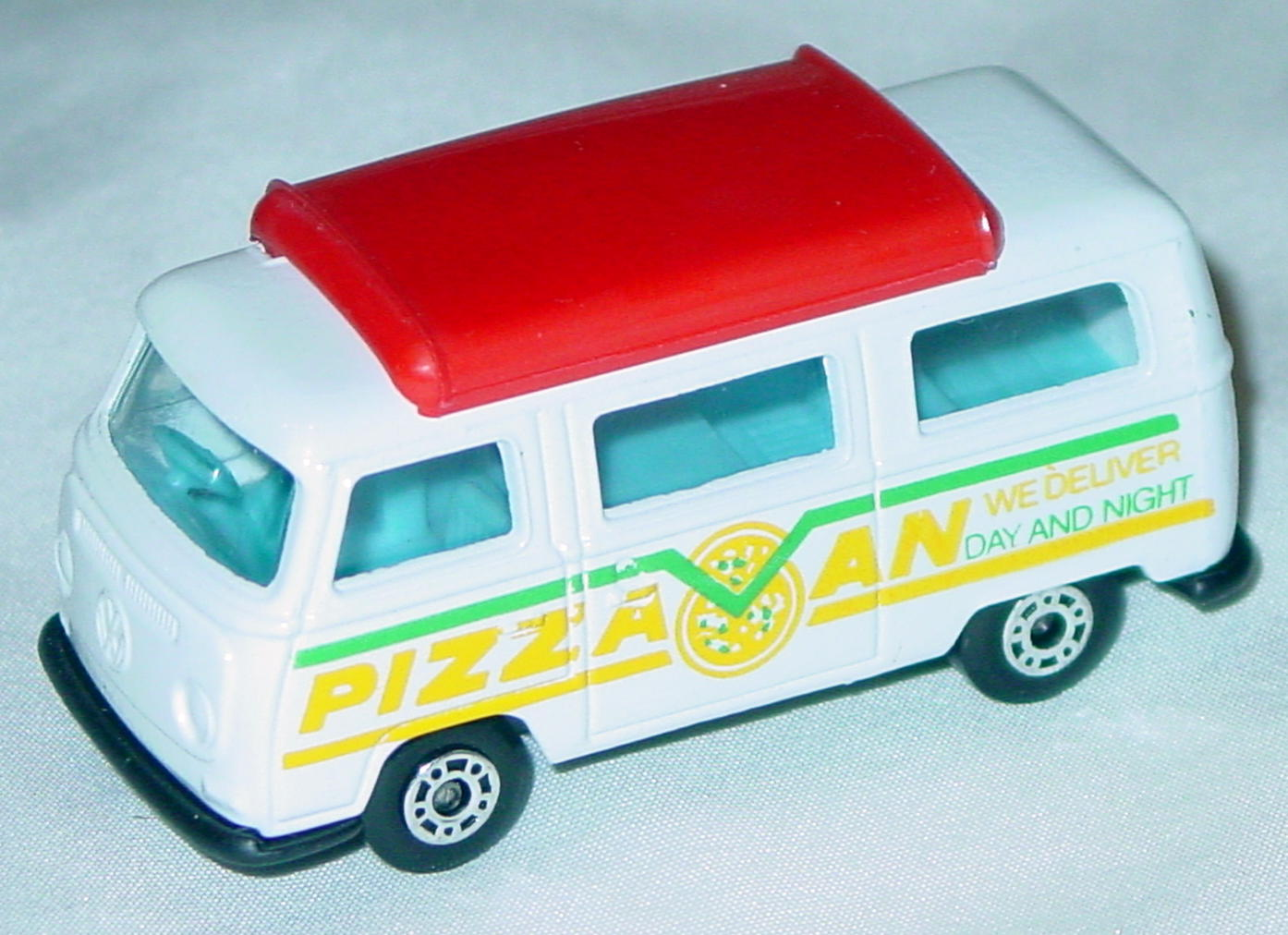 Hungarian 23 A 13 - Pizza Van White red top black base yellow and green tampo