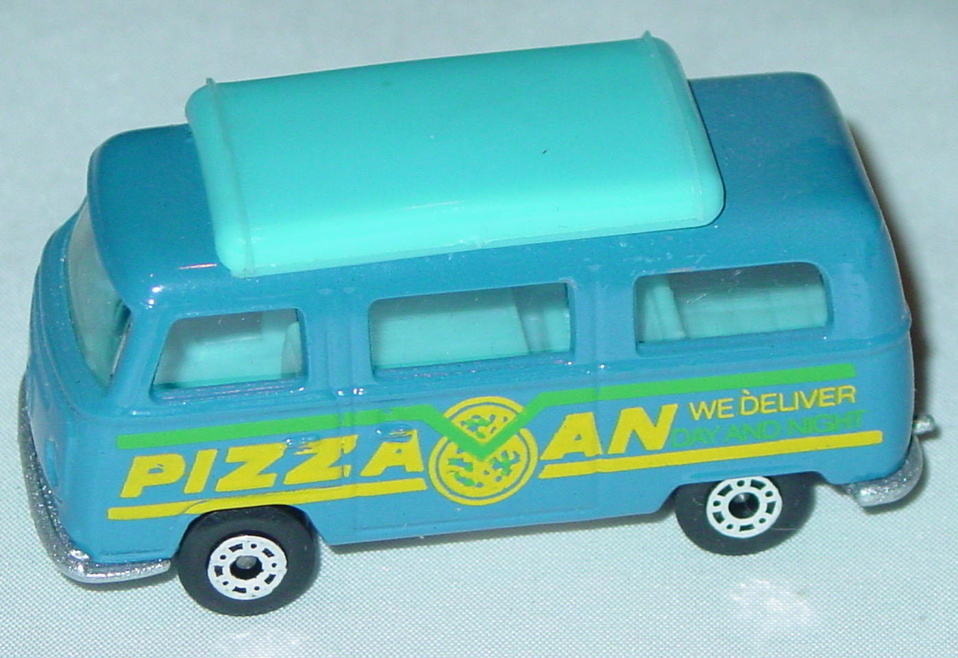 Hungarian 23 A 1 - Pizza Van Blue blue top blue interior sil-grey yellow and green tampo
