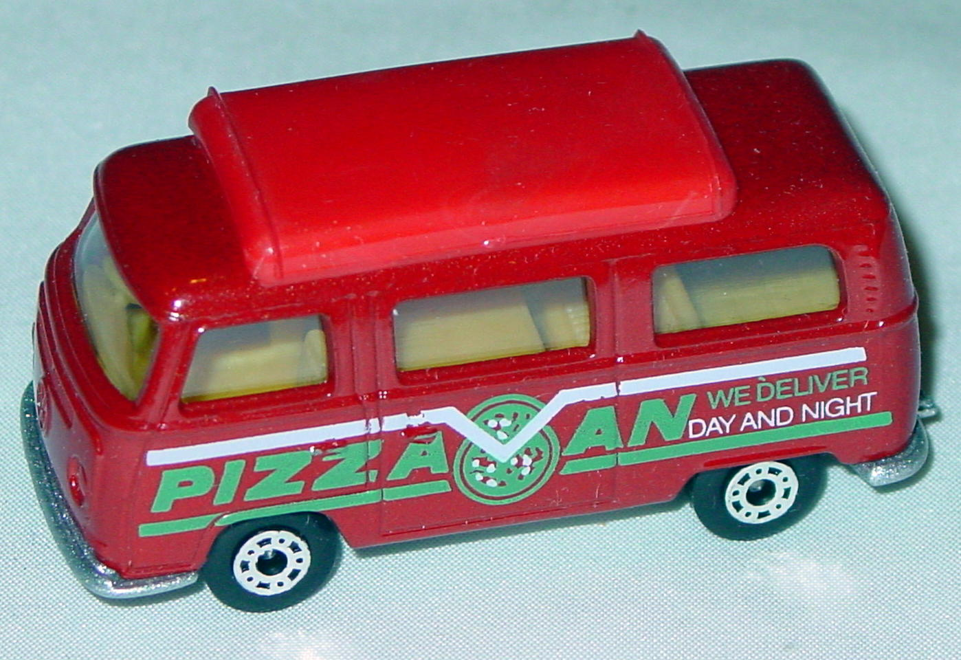 Hungarian 23 A 10 - Pizza Van Brick red top yellow interior metallic silver-grey green and white tampo