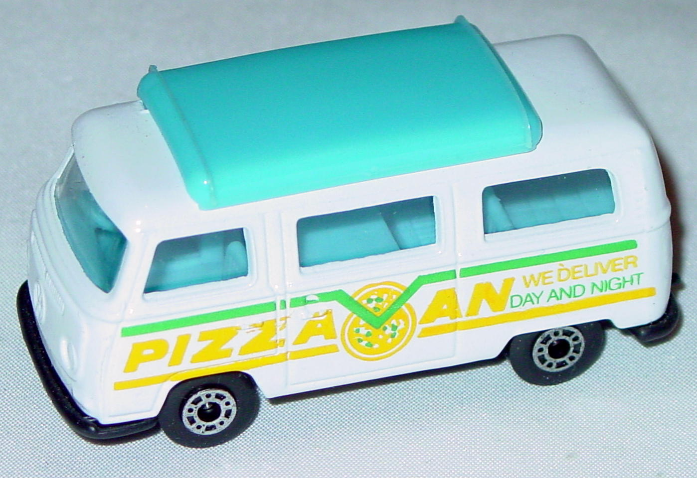 Hungarian 23 A 13 - Pizza Van White blue top black interior black base yellow and green tampo