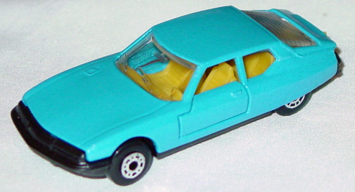 Hungarian 51 B 1 - Citroen SM light Blue yellow interior clear window black base