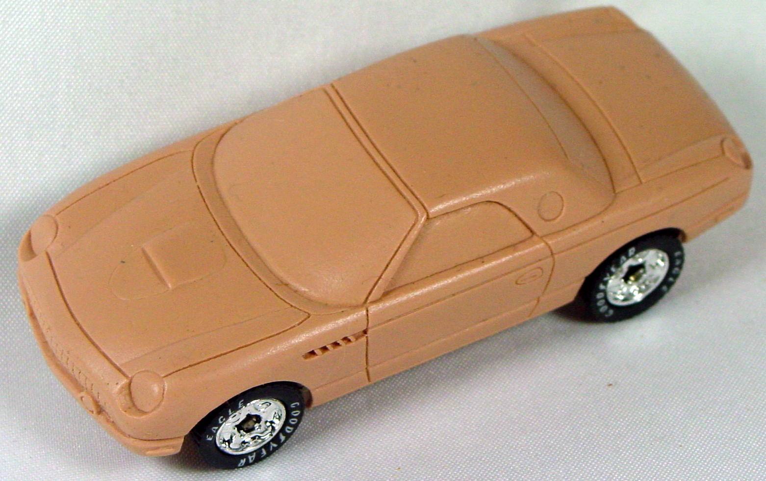 Pre-production 05 - RESIN Tbird Classic Tan Feature Cars Series FC-5