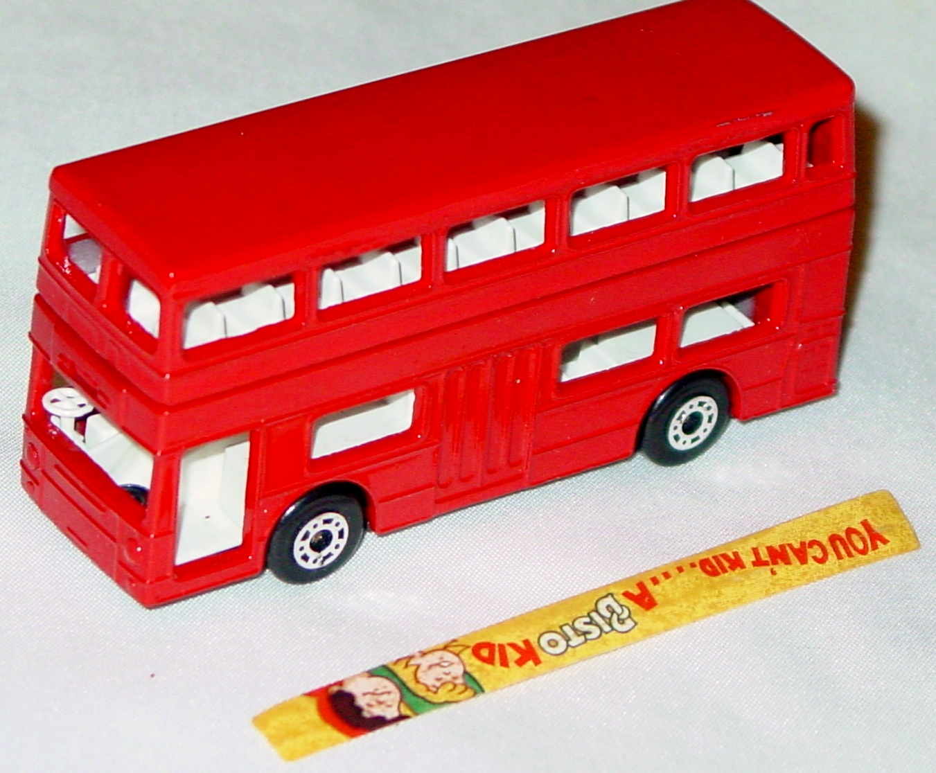 Lesney SuperFast 17 B - Titan Bus Red Bisto -1 label 1 missing