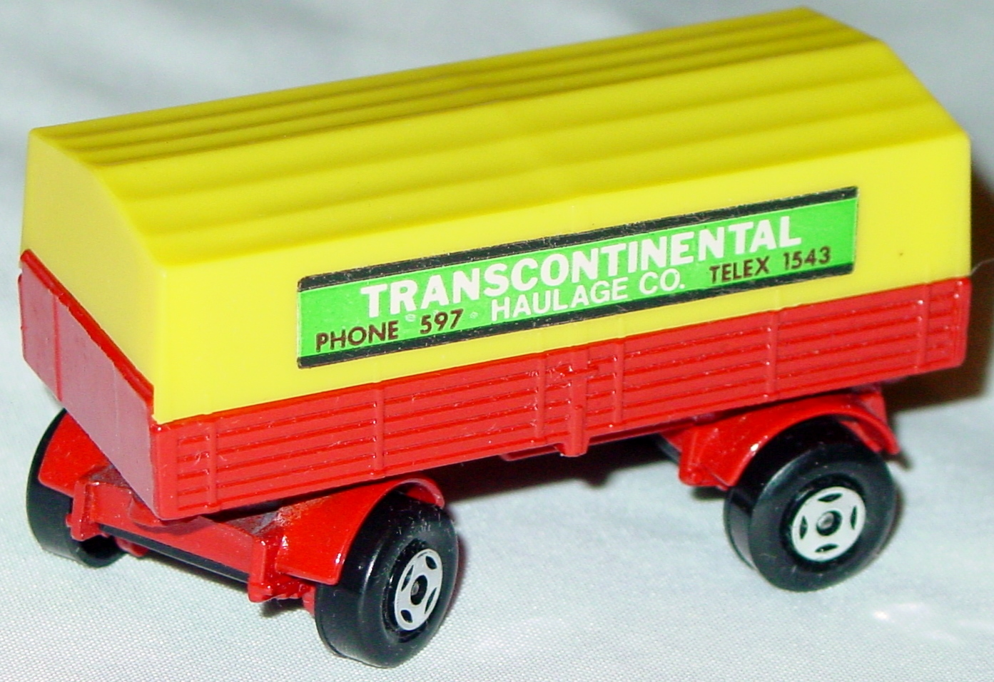 Lesney SuperFast 02 A 3 - Merc Trailer Red and yellow Transcontinental