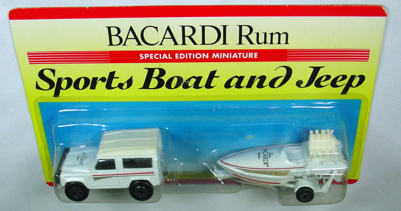 Twin Pack 121 A 2 - white 35F16 Land Rover white 5B17 BICARDI RUM
