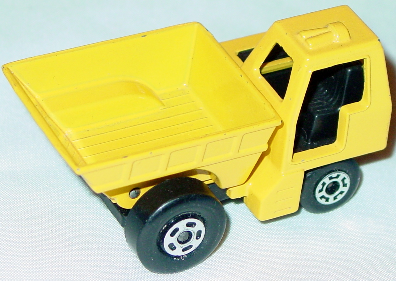 Lesney SuperFast 26 C 2 - Site Dumper yellow and yellow 5-spoke/5-crn three slight chips