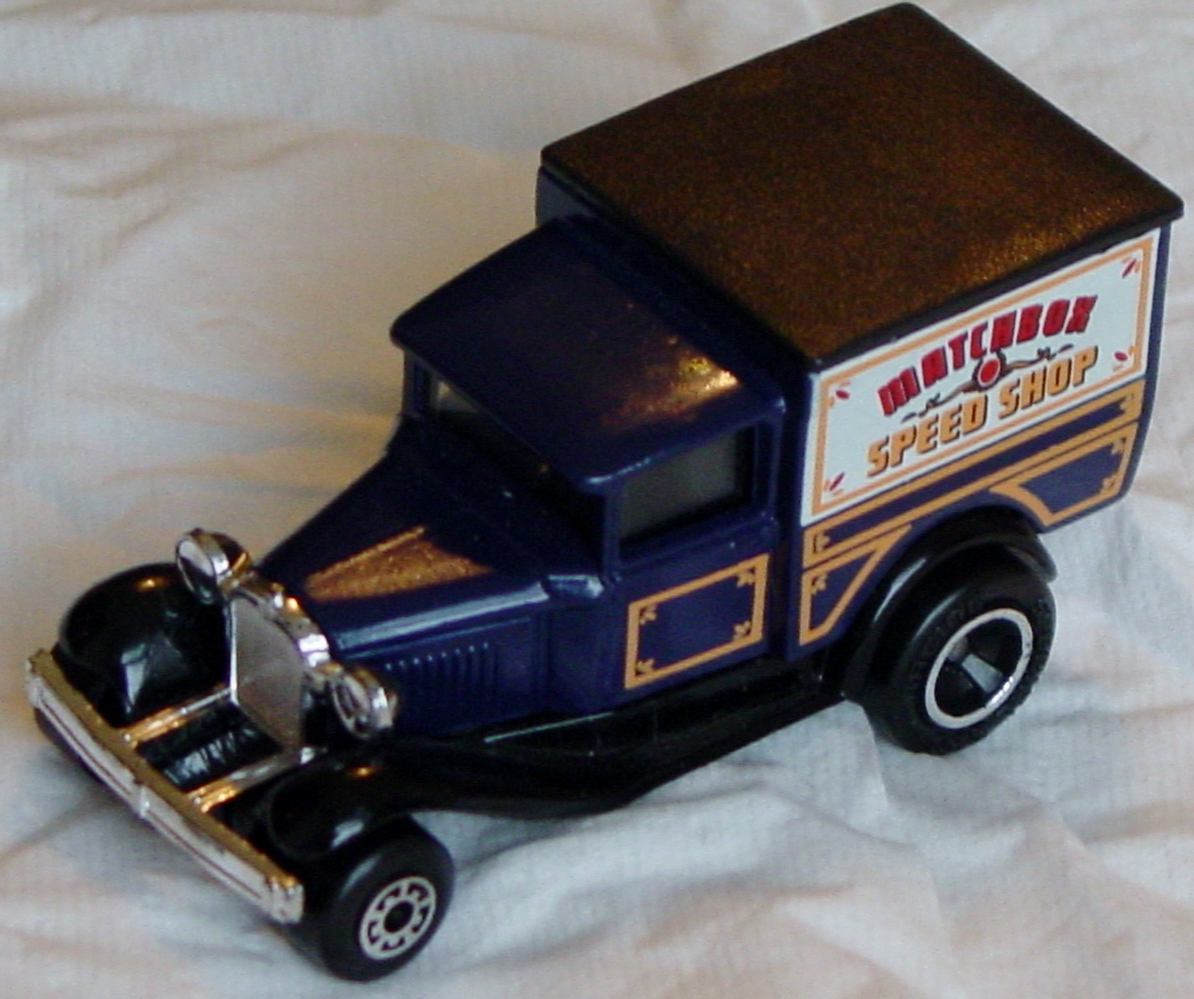 Offshore SuperFast 38 E 19 - Model A Blue Matchbox Speed Shop Made in Macau