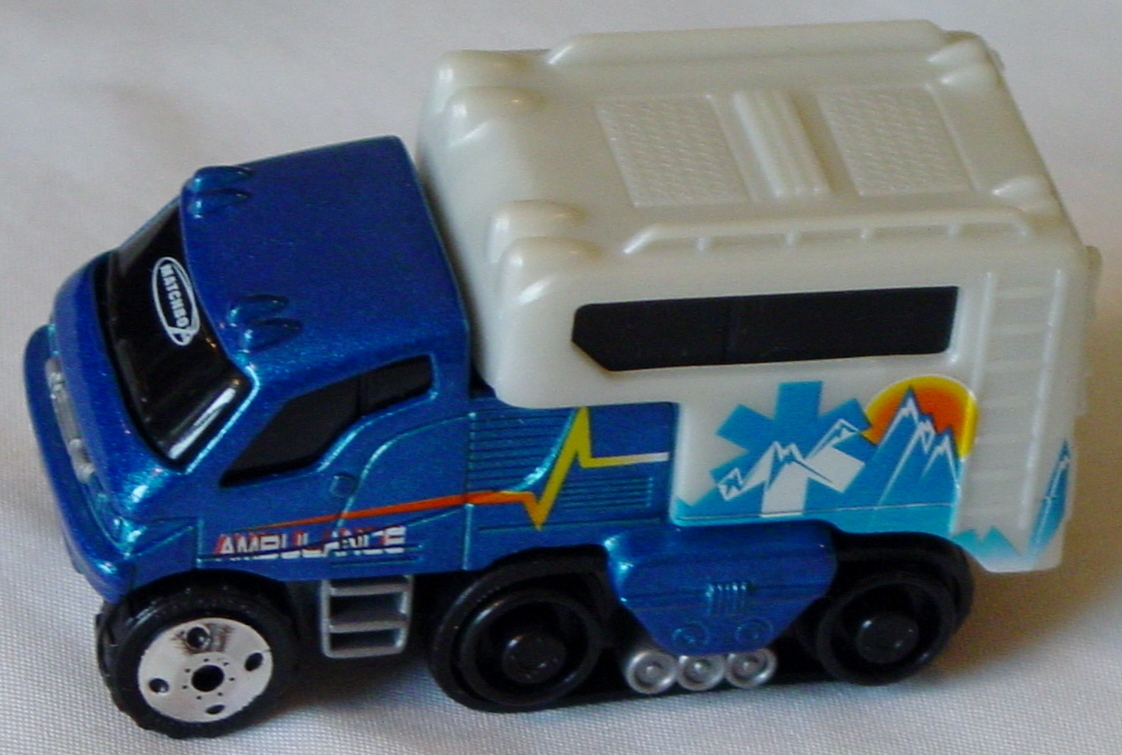 Offshore SuperFast 06 I 1 - Arctic Track Truck lighter met Blue Ambulance made in China 3290EA