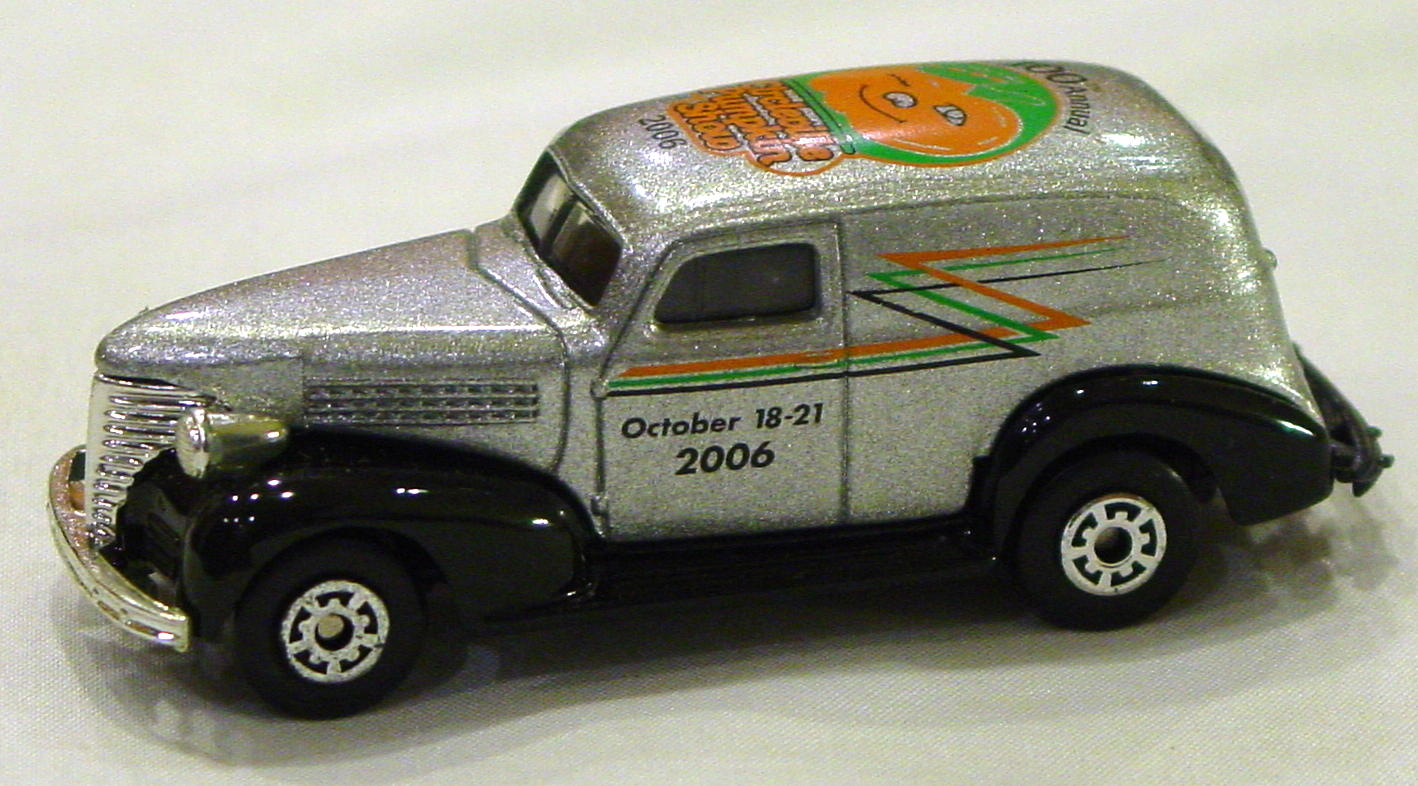 ASAP-CCI 215 A - Chevy Panel Van Circleville Pumpkin 2006