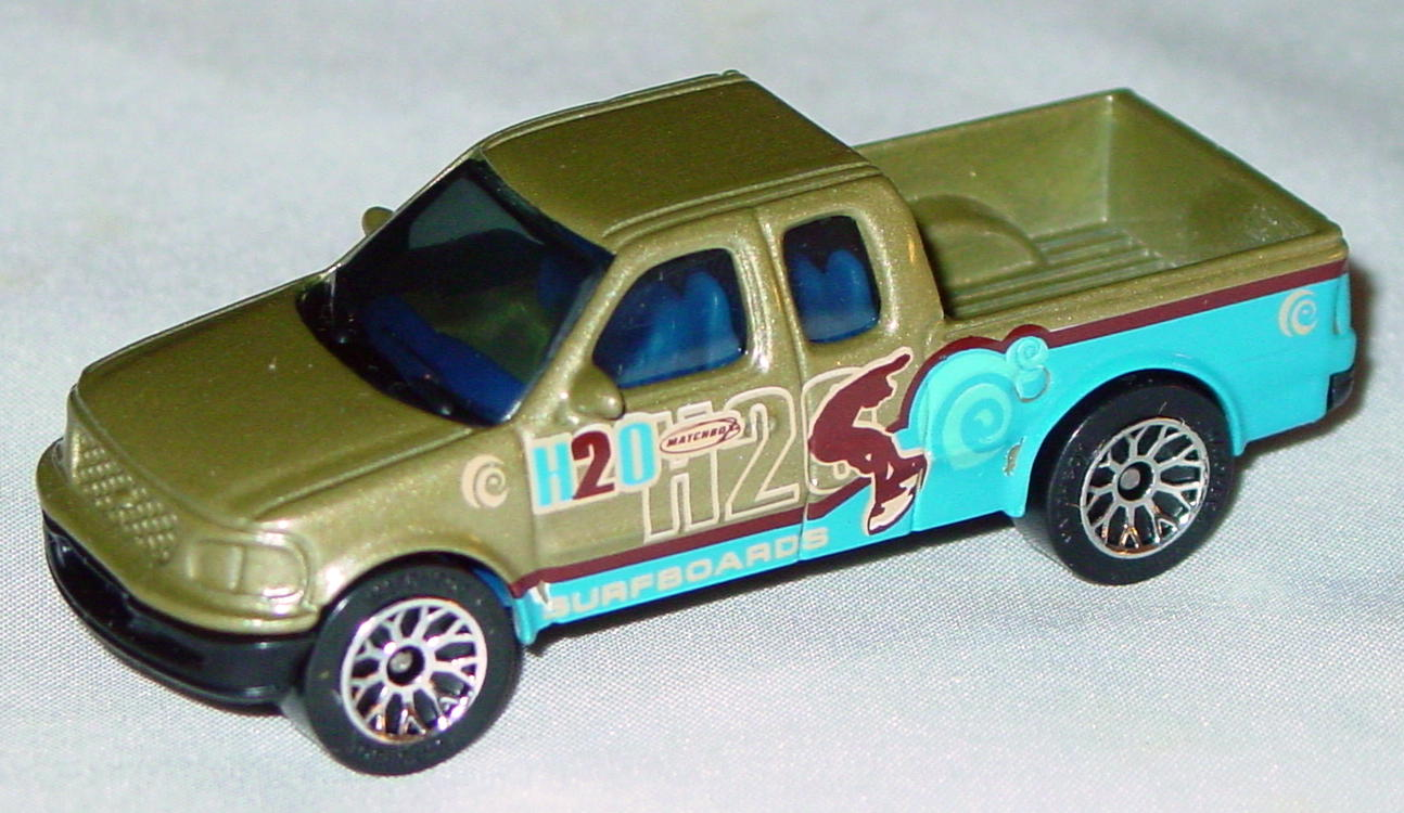 Offshore SuperFast 50 J 19 - Ford F-150 Pickup met Pea Green H2O Surfboards made in China