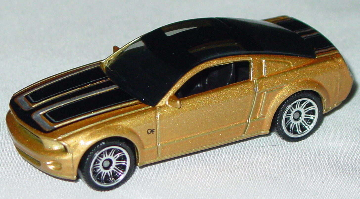 Offshore SuperFast 06 K - 2008 BEST OF MUSCLE 03 Mustang GT Concept met Gold