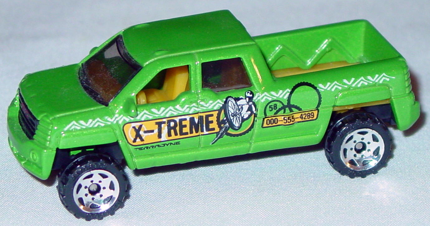 Offshore SuperFast 62 N 3 - 2002 58 GMC Terradyne dark met Lime X-treme made in China