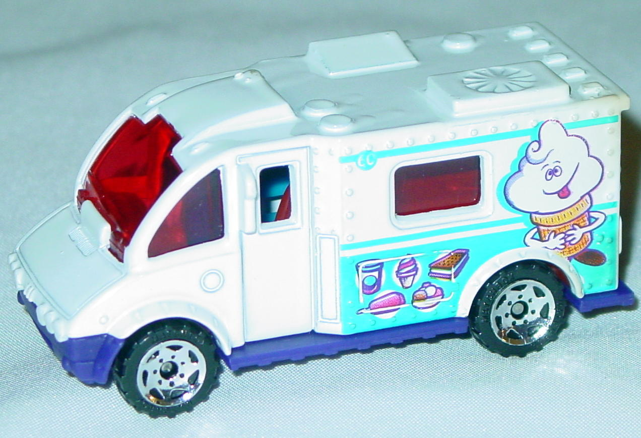 Offshore SuperFast 65 K 3 - 2003 60 Ice Cream Truck White red window ice cream cone