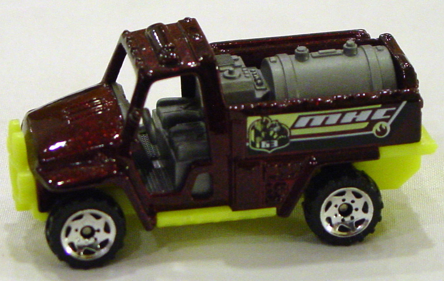 Offshore SuperFast 67 K 4 - 2003 63 Foam Fire Truck dark Maroon MHC63 made in China