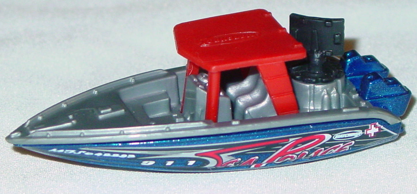 Offshore SuperFast 68 Q 2 - 2002 14 Boat sil-Grey met Blue red roof blue wheels