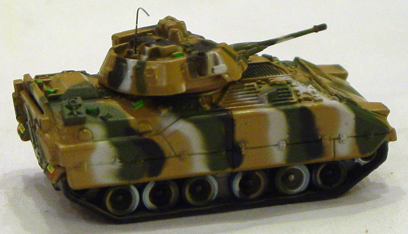 Offshore SuperFast - FEATURE STEEL SOLDIERS FC14-A1 Bradley Tank dark Tan
