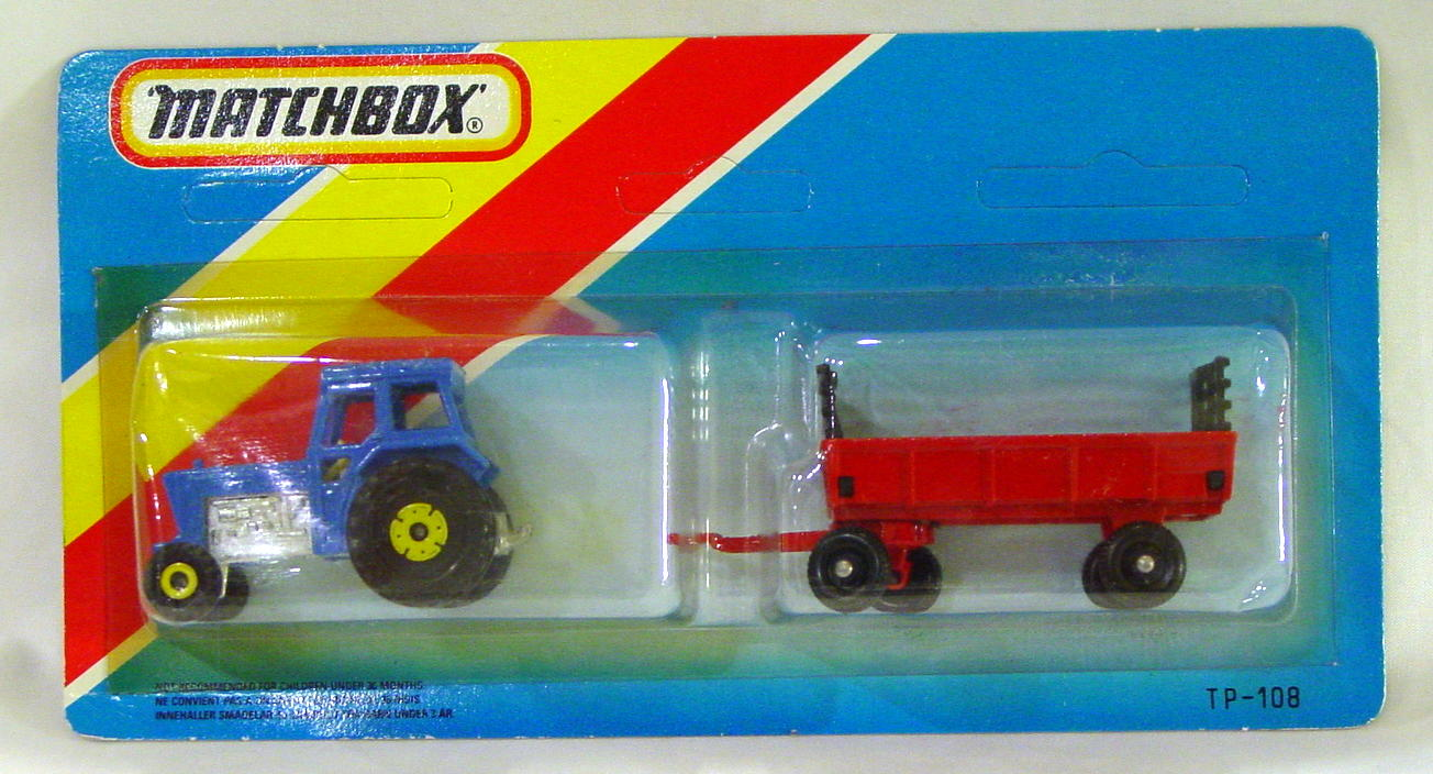 Twin Pack 108 A 1 - blue 46C tractor red Hay trailer ENG C9 blue card