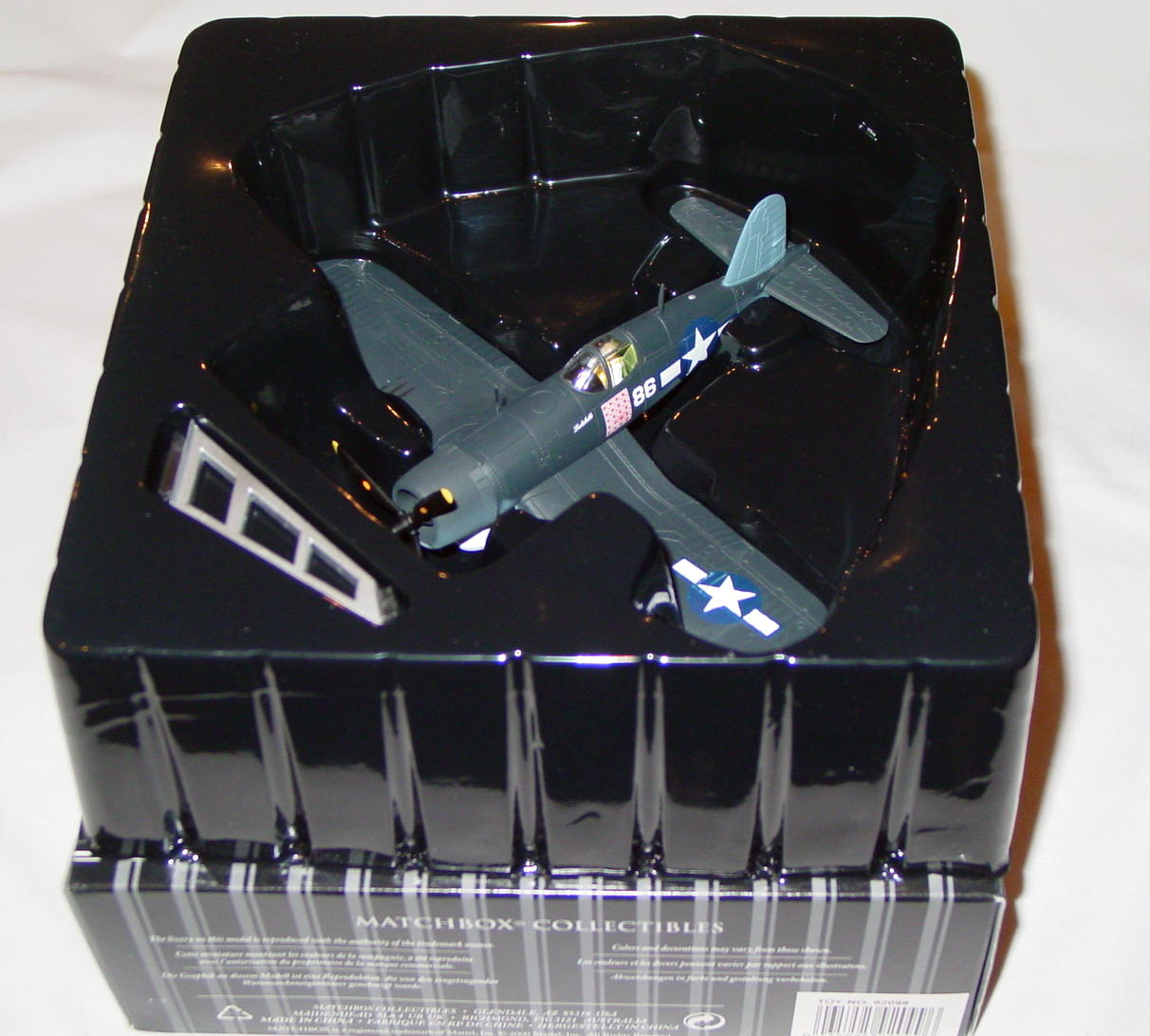 Collectibles - 92099 PLATINUM F4U Corsair