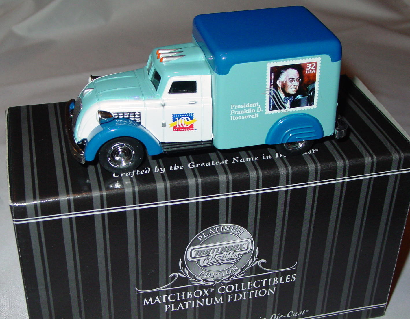 Collectibles - 92549 PLATINUM Dodge Airflower Franklin Roosevelt