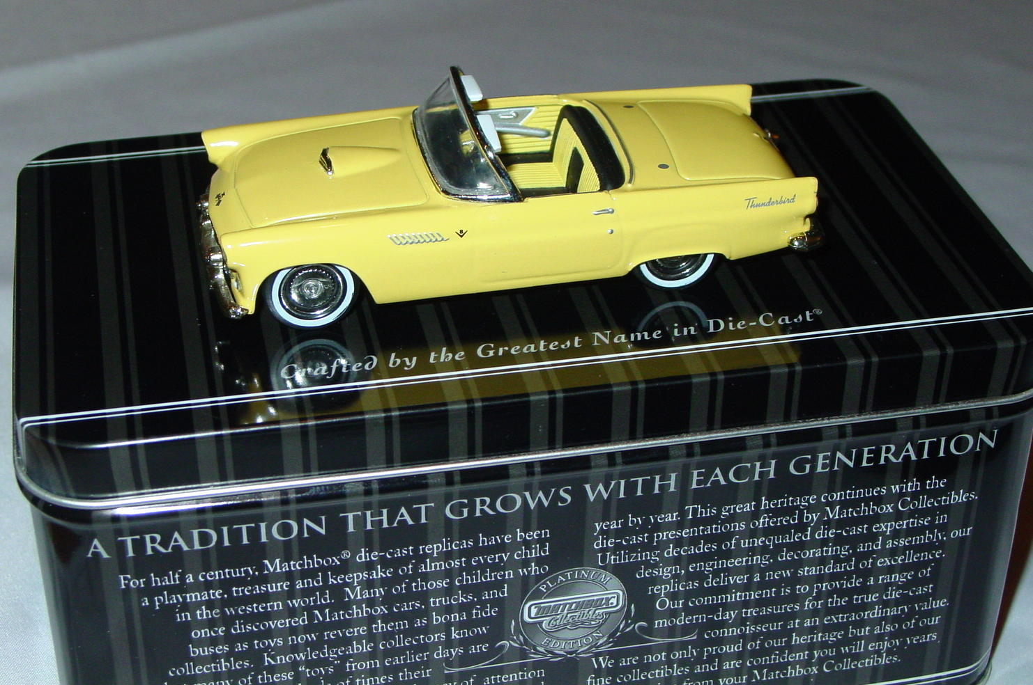 Collectibles - 92692 PLATINUM SELECT 55 Ford Thunderbird pale Yellow