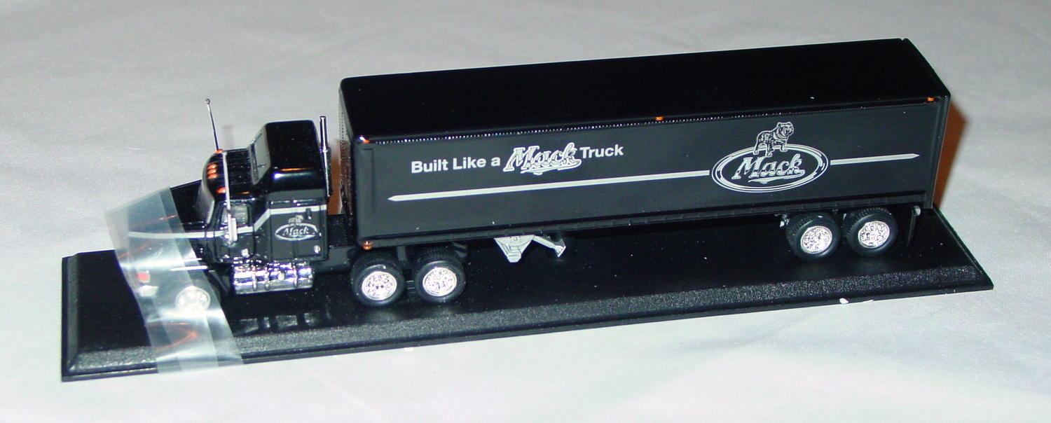 Collectibles - CCY05BM Mack Cont Truck Built Like a Mack Truck