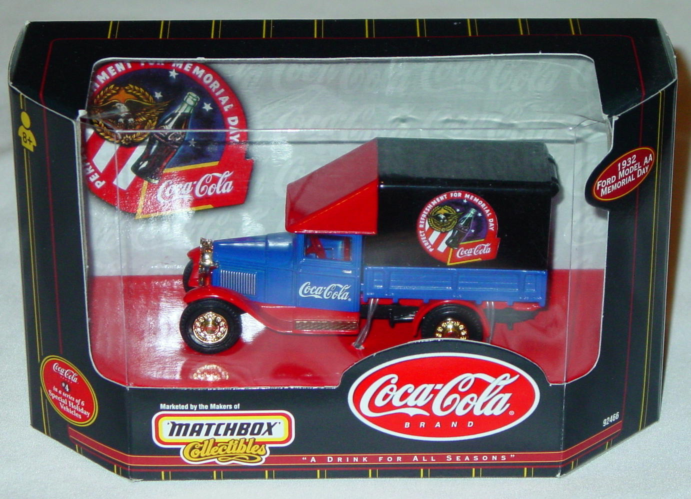 Collectibles - 92466 COKE 32 Model AA Memorial Day