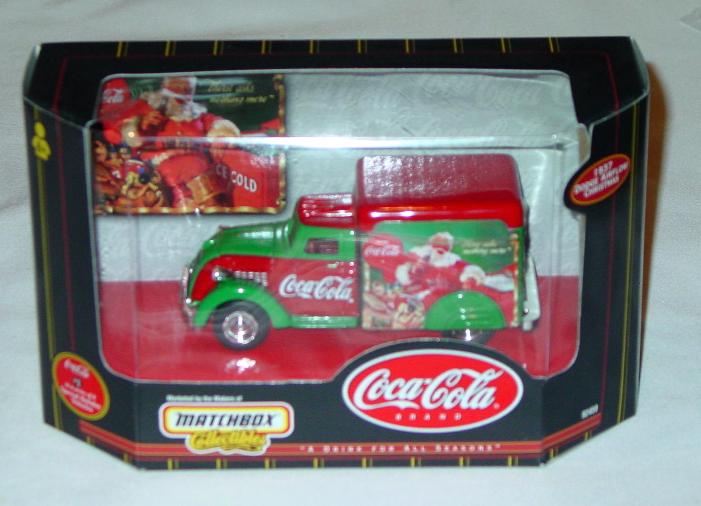 Collectibles - 92459 COKE 37 Dodge Airflower Christmas
