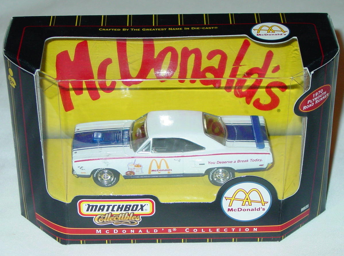 Collectibles - 96635 70 Road Runner White MacDonalds Americana