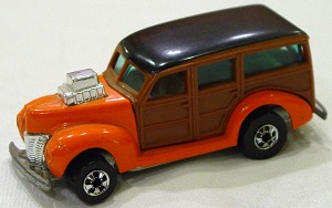 Blackwalls 1131 A - 40s Woodie Orange sm panels
