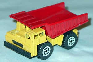 Offshore SuperFast 09 H 5 - Faun Dumper Org-yellow and Red Malt made in China