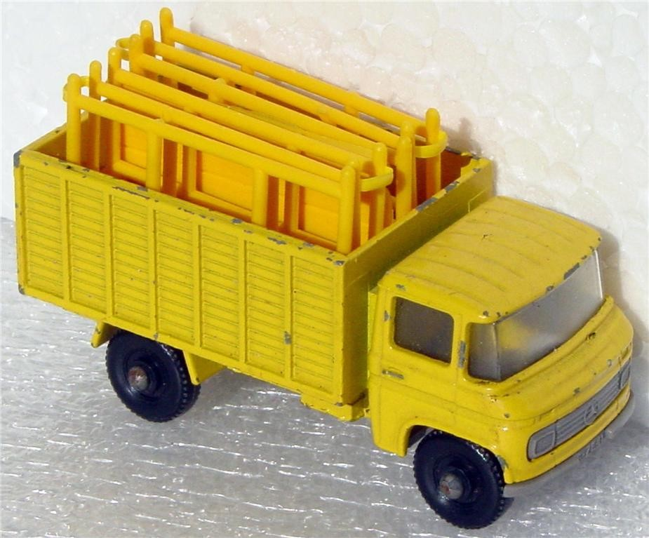 Regular Wheel 11 D - Scaffolding Truck Prepro Yellow clear window plastic base